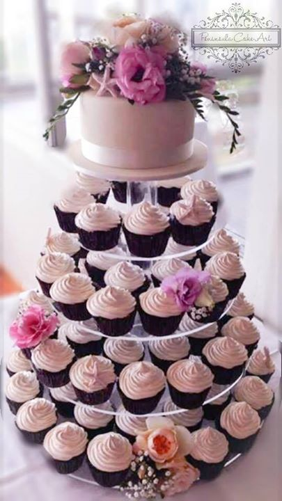 Delightful Cup Cake Wedding Cake From Peninsula Cake Art Im Sure It Tasted As Wonderful As It Looks Source Monica Sexxxton