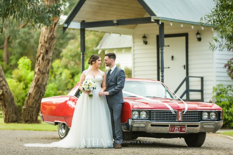 Wedding Photographer Langwarrin – White Chapel Receptions