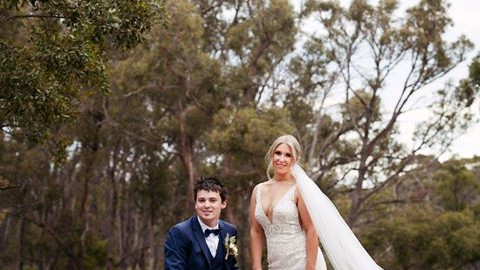 A competition for a photography package! I love comps!             Mr + Mrs Bush…